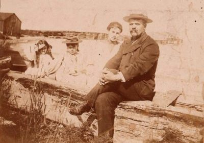 Lighthouse Keeper William Holmes on the right